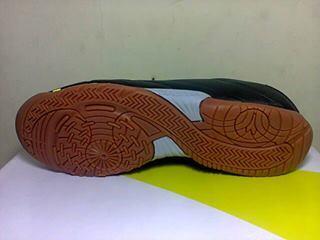 Sepatu futsal DIADORA DD EVOLUZIONE R ID dijamin original brooo
