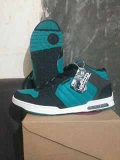 sepatu skate airwalk tipe lambert dijamin original brooooo