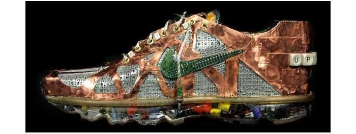 Karya Seni dari Sampah Elektronik