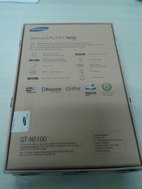 Samsung Galaxy Note 8 GT-N5100 16GB White Color masih Fresh nih Gan..