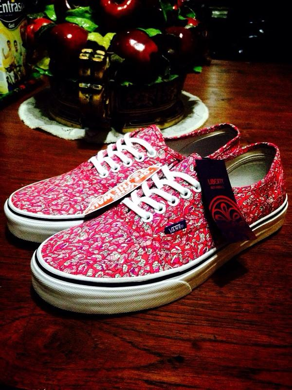 bd09ea0cee Terjual Vans Authentic X Liberty London (Leaves Pink) VVDEADSTOCK ...