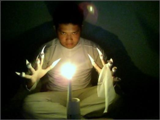 Ada yg pernah iseng2 malam2 Pake topeng Celuluk Bali? ini akibatnya...