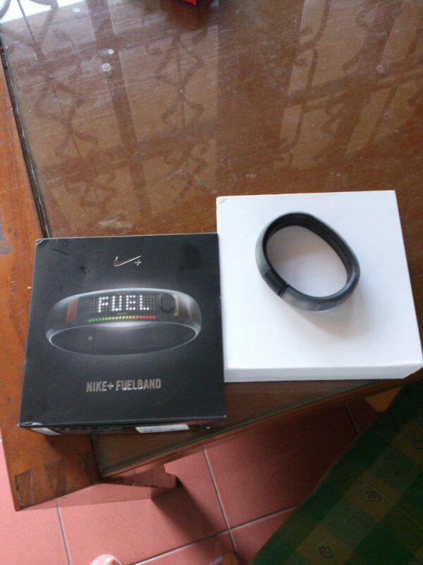 nike fuelband ice black