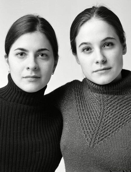 ~๑๑.Mereka Orang Asing Tapi Memiliki Wajah Kembar Identik.๑๑~