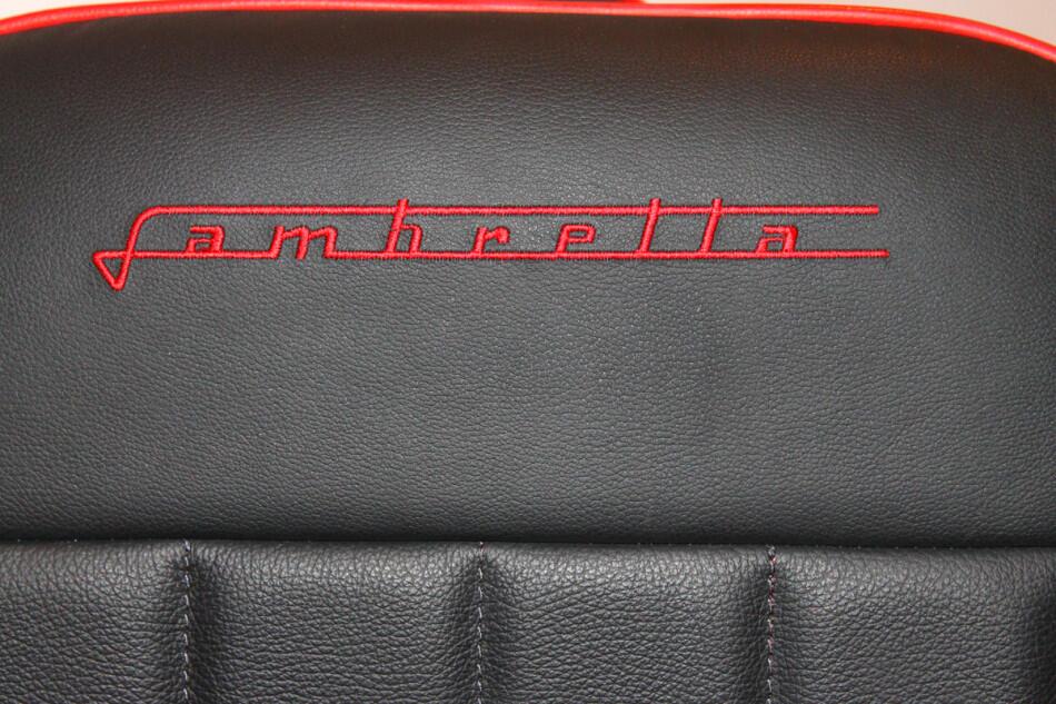 """"""" Kursi unik model Lambreetta scooter """", di buat dengan tangan !"""