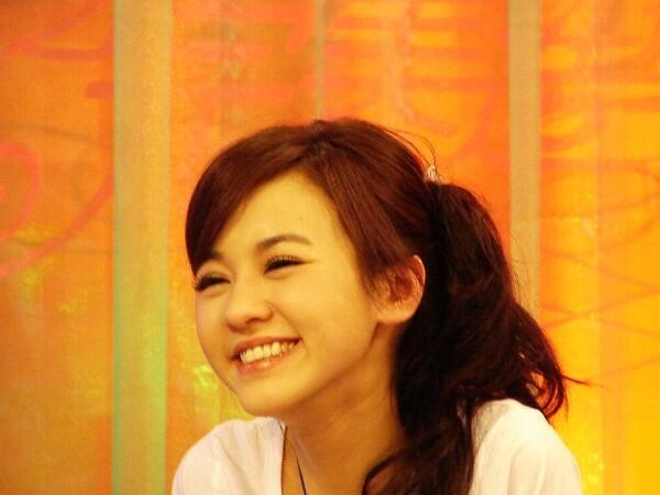 Sebelum Tidur, Posting Yang Manis-manis Dulu, Ah... [no BB]