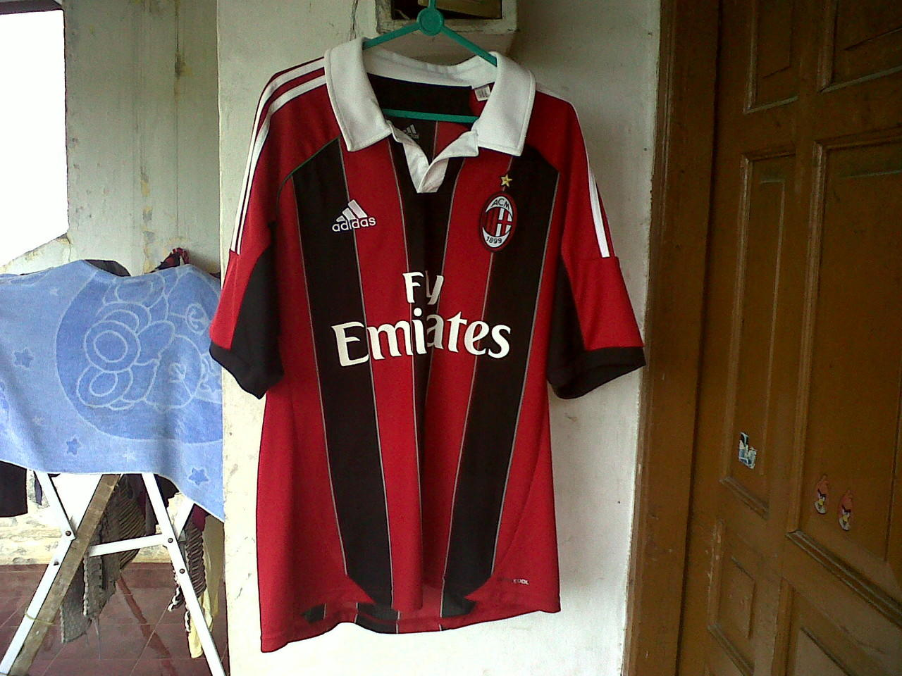 JERSEY AC MILAN HOME, CHELSEA AWAY, REAL MADRRID HOME 2012/2013 ORIGINAL. (BOGOR)