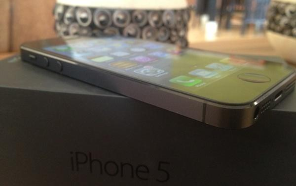 [2nd Like New] 2 unit iPhone 5 16gb FU+GSM Black [Jogja/Rekber]