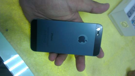 Iphone 5 16gb FU Black (batang) carger original 5,5jt aja cod bogor only