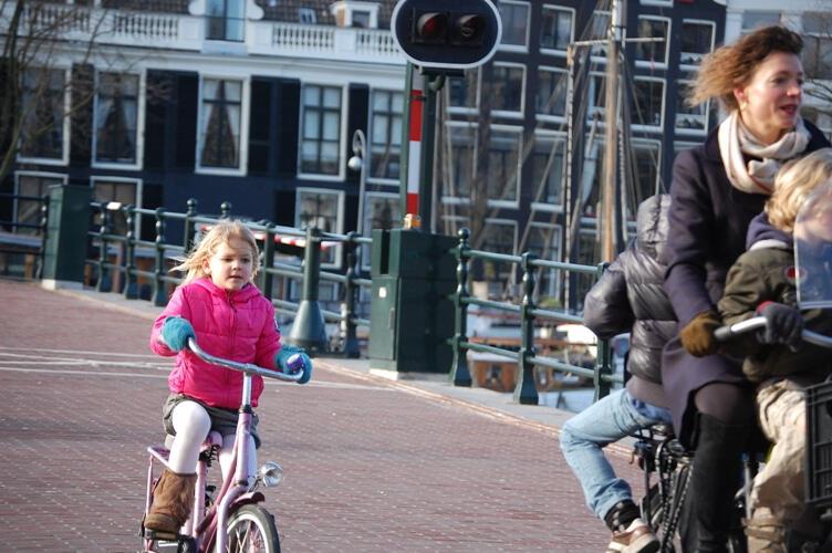 Goweser Sayang Anak, Bersepeda Bersama Putra-Putri