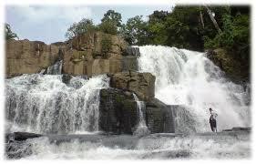 Air terjun Yang Indah