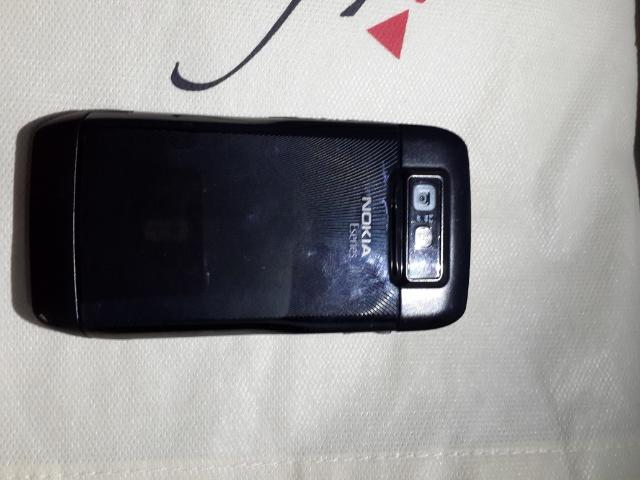 Nokia E71 Black Steel good condition surabaya