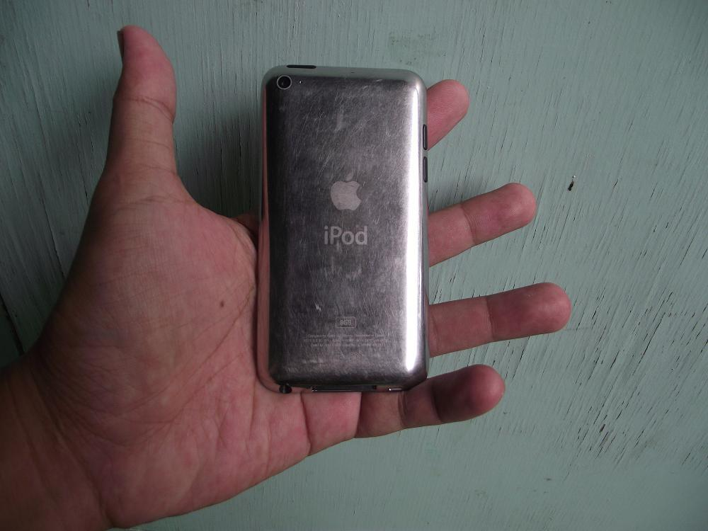ipod touch apple 4rd 8gb black mulus jogja
