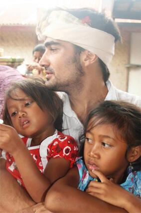7 Orang Asing yang Berdedikasi Tinggi untuk Indonesia