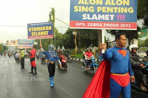 SUPER HERO JADI POLANTAS DI INDONESIA