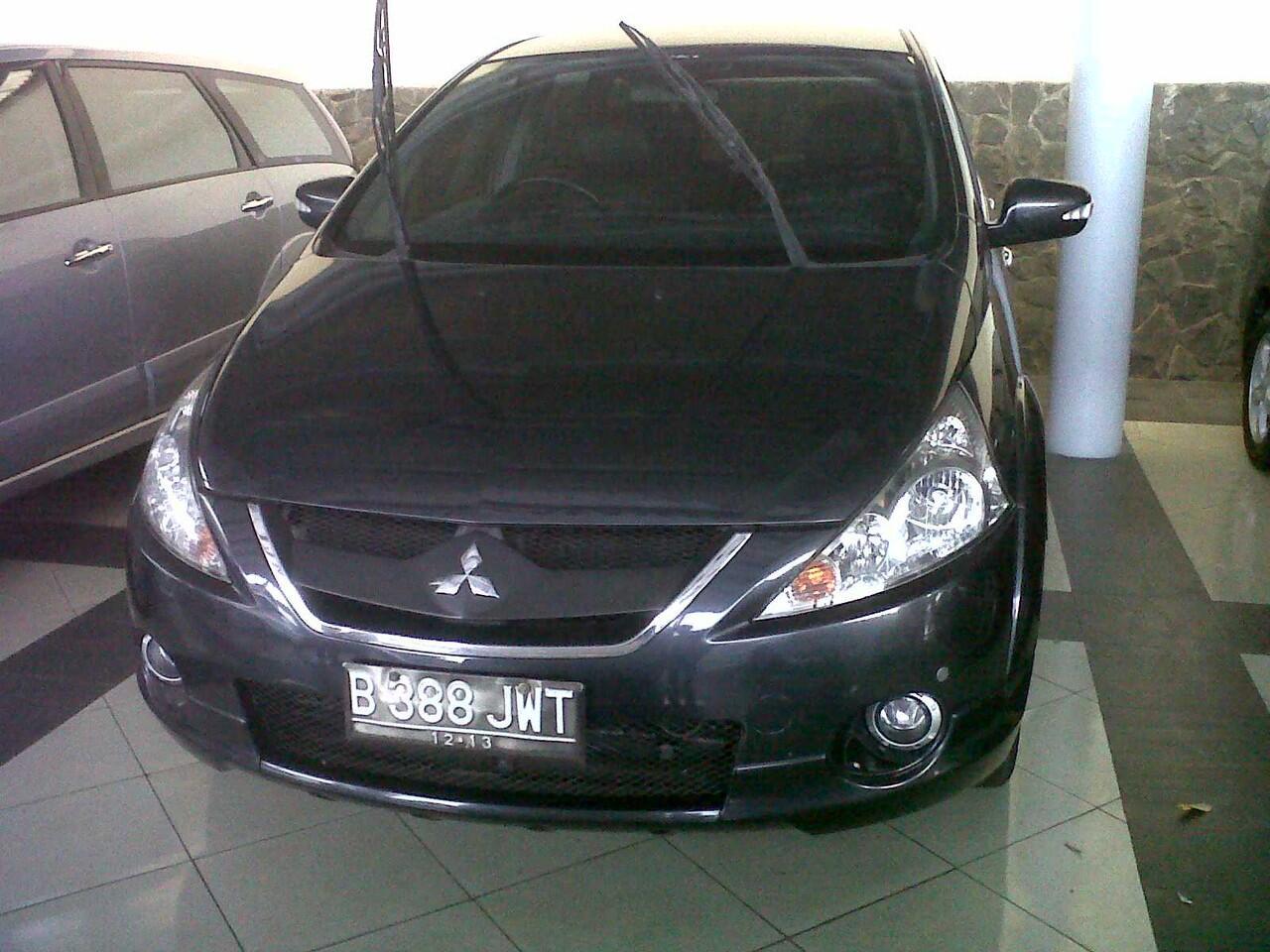 Mitsubishi Grandis GT AT 2.4 Nego