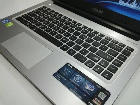 ASUS GAMING A46CB. core i5-3317u. ram 4gb. hdd 500gb. nvidia gt740m 2gb. FULLSET