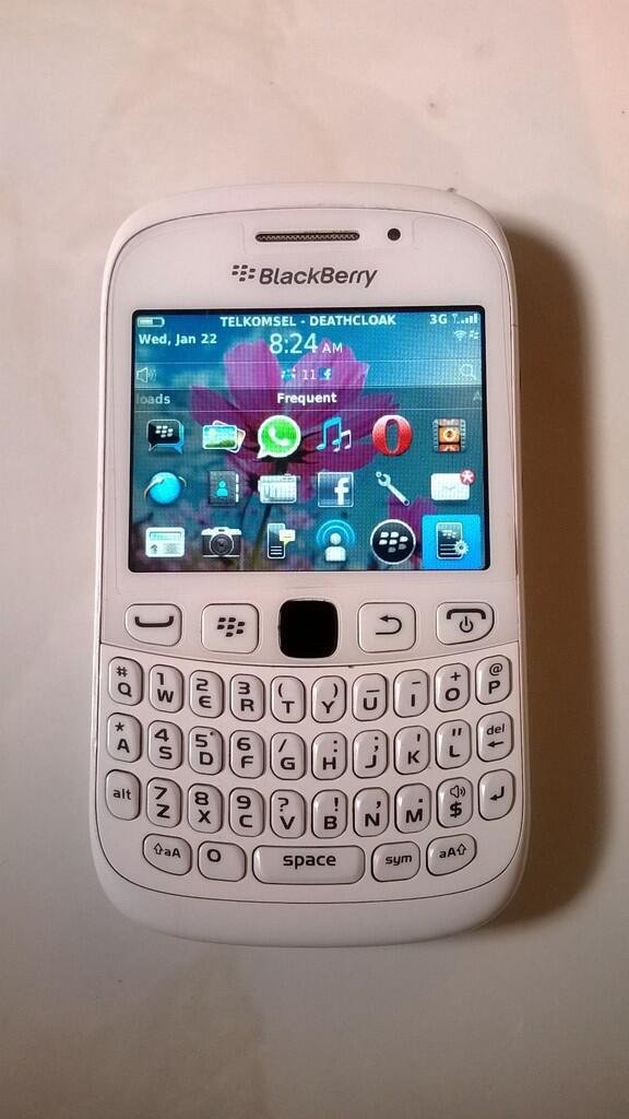 blackberry curve 9320 armstrong white jogja