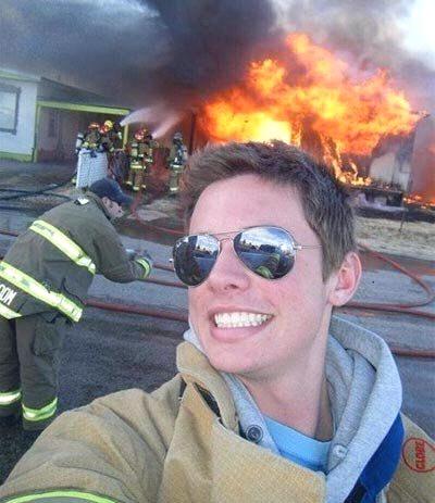 foto selfi unik dan konyol
