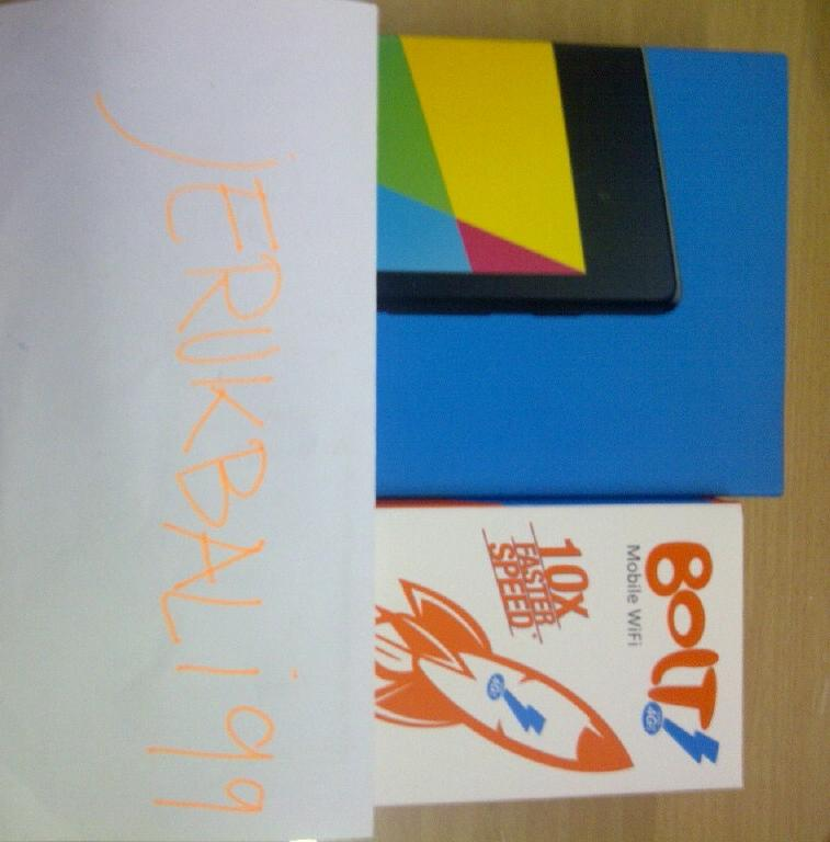 PROMO!! NEXUS FHD 32GB+modem BOLT ZTE MF90(Locked)