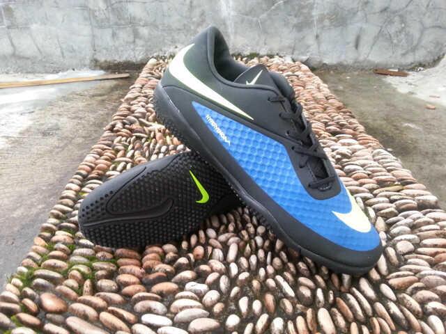 d6419c2dd6097 Sepatu Replika Futsal Nike Mercurial Hypervenom Phelon [Nike,Mercurial, Hypervenom]