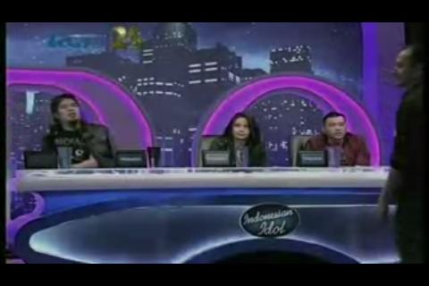 (Ahmad dhani) kebiasaan tersembunyi mas dhani saat menjadi juri indonesia idol