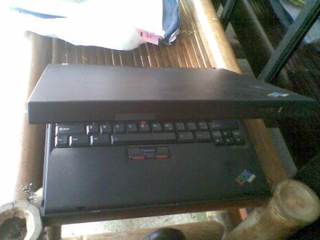 LAPTOP IBM THINKPAD R50E 15INCH TANGGUH(MILITARY STANDARD)