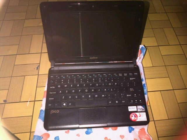 "Dijual Netbook Axioo 2011 W217CU 10"" 32bit OS, Intel Atom CPU D2500 @1.86 Ghz"
