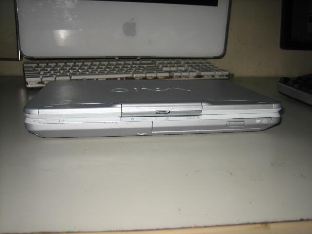 Notebook Sony VAIO PCG 4A1L / CENTRINO M / Murah ajah