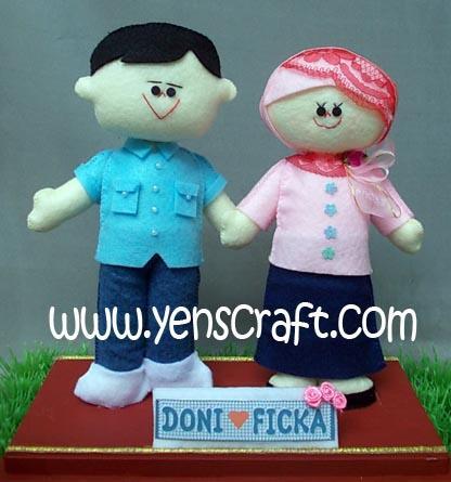 Boneka Jersey, Boneka Couple, Boneka Pengantin, Boneka Wisuda dan masih banyak lagi
