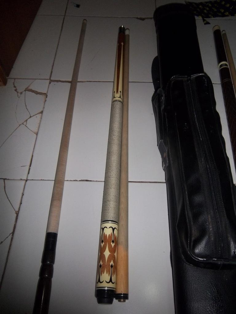 Jual stick stik billiard / biliard cue 1 set mantap murah gan, play break jump case