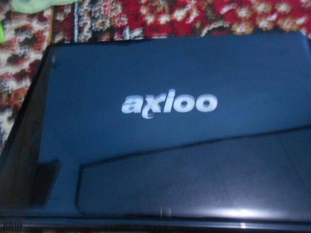 LAPTOP AXIO CORE I3 HD 320 GB RAM 2 GB MUMER SUKOHARJO