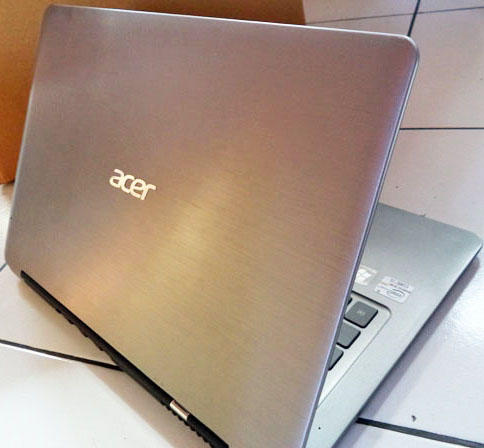 Laptop / Notebook Acer Aspire S3 ULTRABOOK Core i5 Tipis Mulus