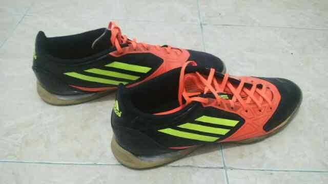 Sepatu Futsal Adidas F50 Ori Hitam-Orange Size 46 Second Seken 2nd
