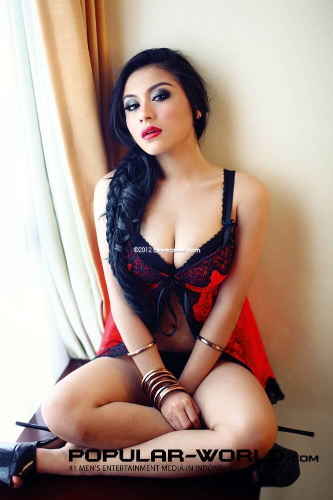 (IGO) Gita Gania for Popular Magazine