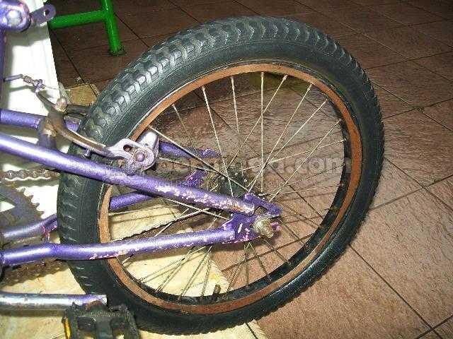Sepeda BMX merk Wimcycle ukuran 18