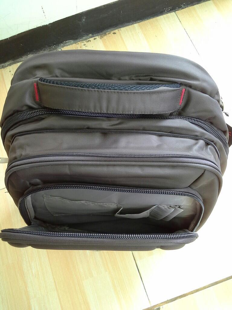 tas punggung (backpack) merk travel club
