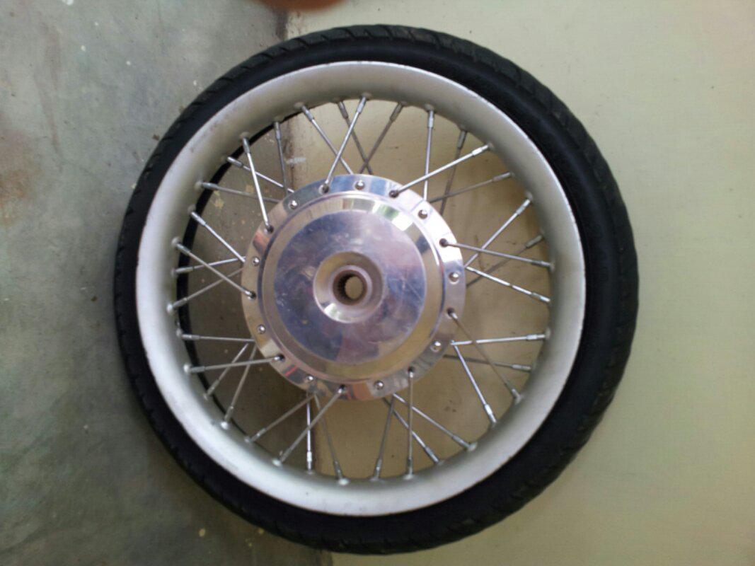 velg motor honda R14 bekas vario