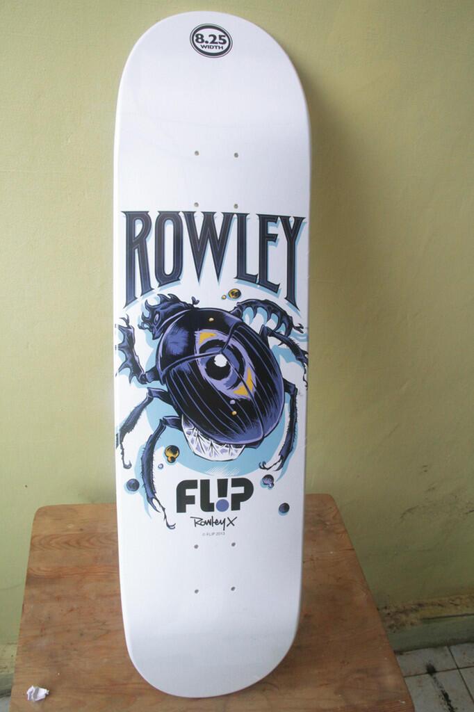 Skateboard deck Flip Geoff Rowley BNWT