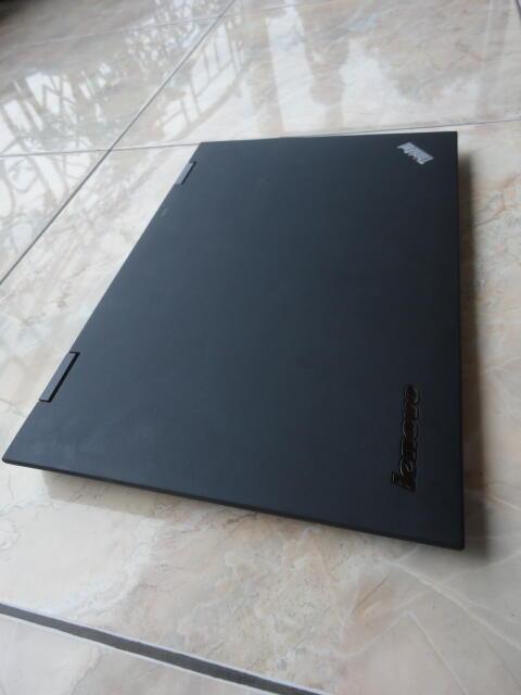 "Lenovo Thinkpad X1 "" Great Carbon ""   Core i5 2520M   SSD 160GB   4GB   Win 7 Pro"