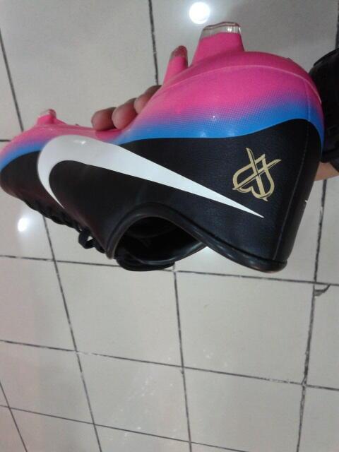 Nike Mercurial Rainbow CR7 FG Size 44,5 Limited Ori