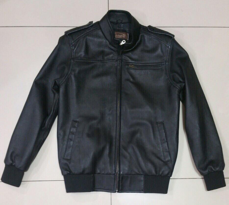 Terjual Jual jaket kulit sintetis bahan oscar harga muraah  7a16aa39d2