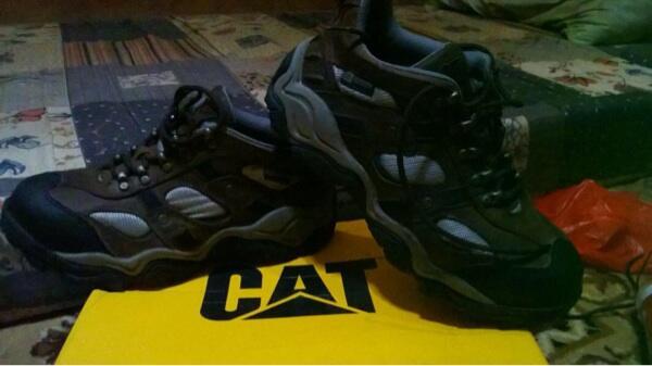 Jual sepatu caterpillar 100% original bandung