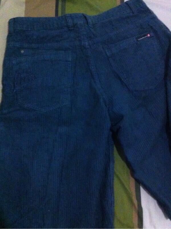 Celana pendek quiksilver ori
