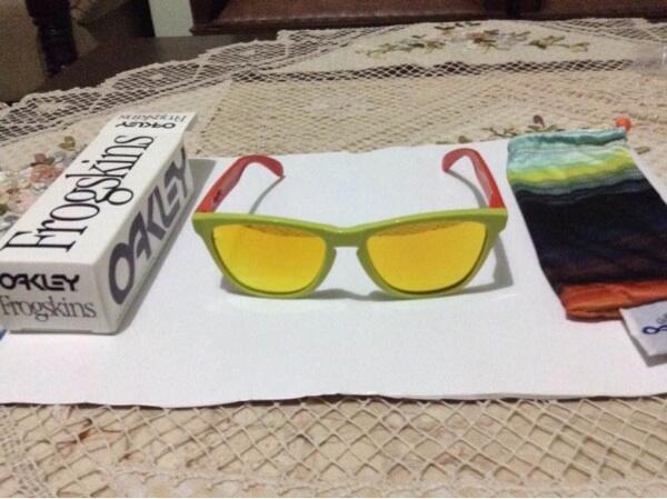 Kacamata baca Oakley original