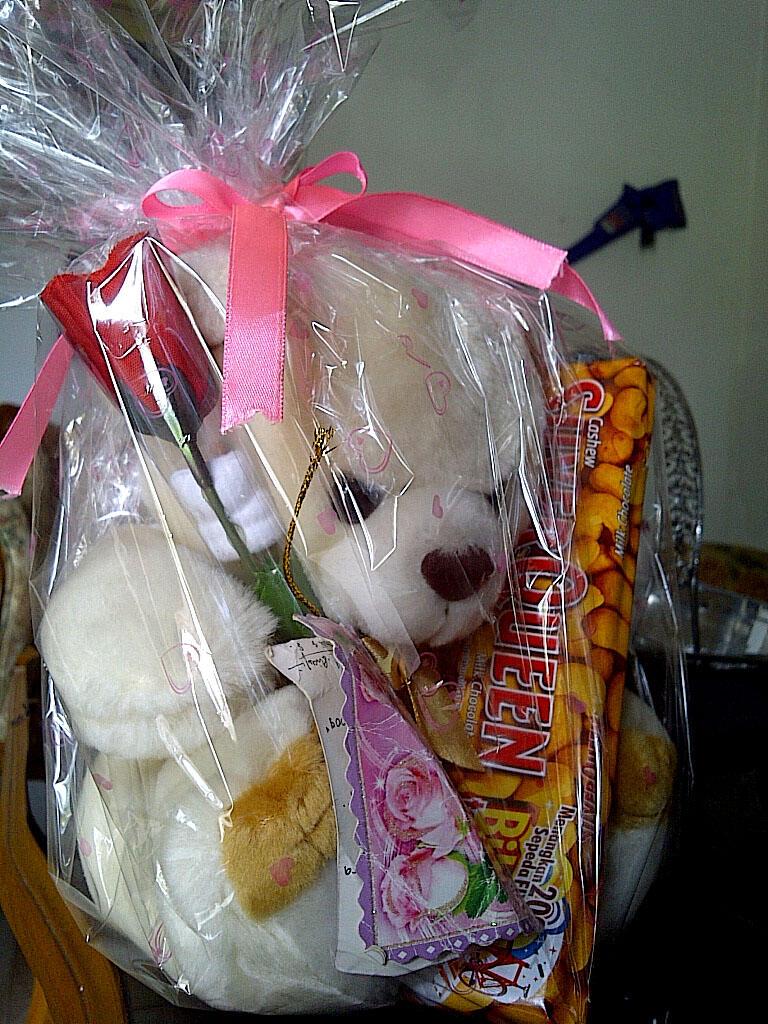 300+ Gambar Coklat Silverqueen Valentine  Paling Baru