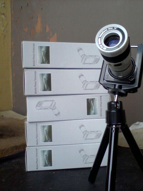 Lensa Tele 8x dan 12x Zoom