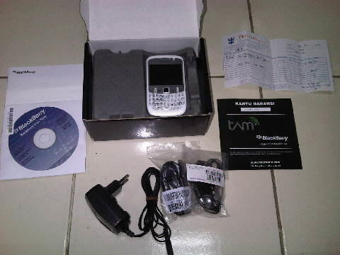 Blackberry Gemini 8520 Putih