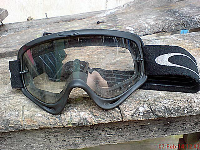 Terjual kacamata googles cross oakley lawas  8851a2bf45