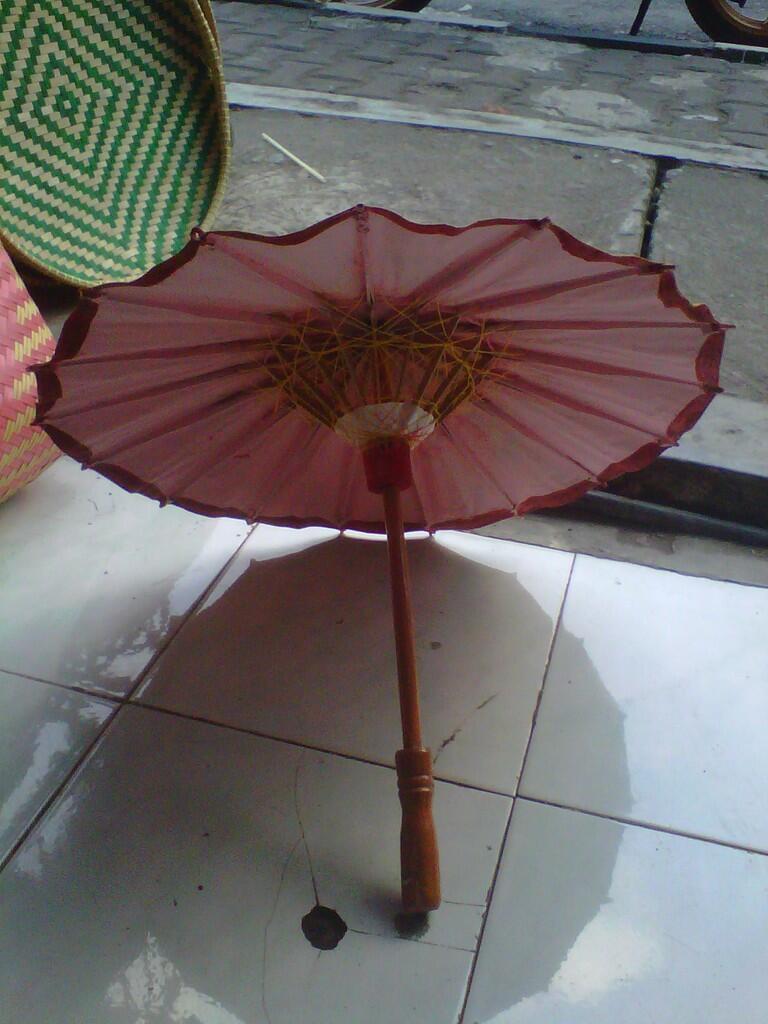 Payung Lukis Kerajinan Tangan Rajapolah